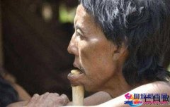神秘部落太奇葩:嘴唇