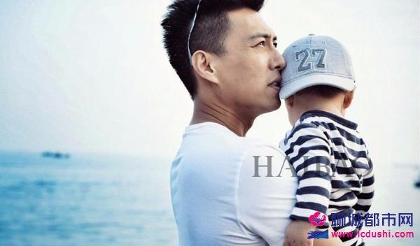 靳东 (Jin Dong) 和儿子